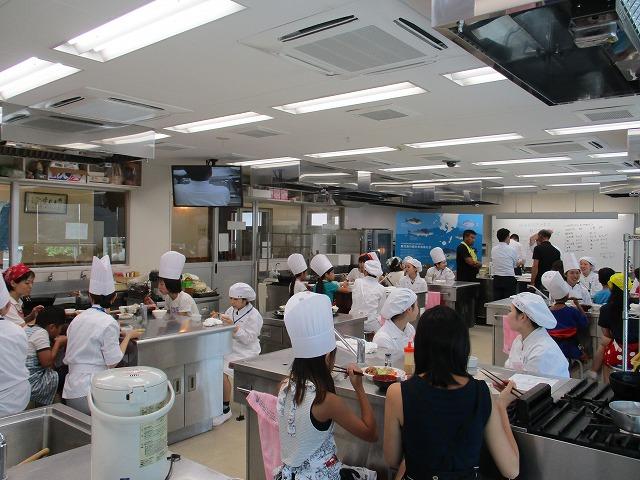 「低・未利用魚を使った親子料理教室」