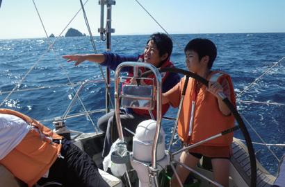ヨット「海連」クルージング~笠沙の海を今給黎教子さんと冒険クルージング!